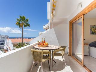 Costa Adeje One Bed Apartment with Sea-View & Free Wi-Fi Internet