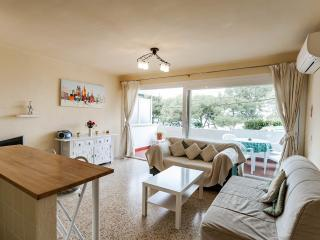 Wonderful Apartment in Santa Ponsa, First Line, A/C, WiFi, Pool