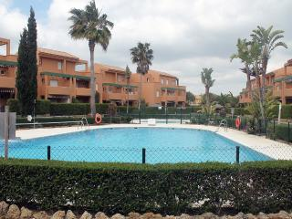 Apartamento con piscina en el Novo JG1-5, Novo Sancti Petri
