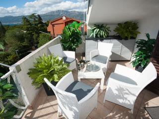 NEW-TOP LOCATION 5min.walking beach/old town