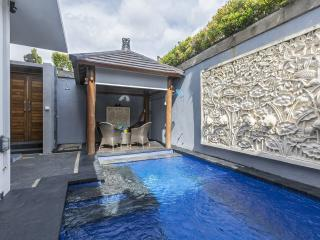 Villa Kirabella, 3 Bedrooms at Legian, Kuta.