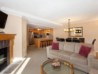 Woodrun Lodge #302 | Whistler Platinum | Ski-In/Ski-Out Condo, Shared Hot Tub
