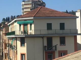 CASA VITTORIA : attico con posto auto , Wi-Fi e Sky tv