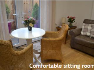 Sunnydale AA four star Exceptional apartment, Heswall
