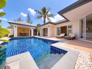 Peaceful & private 2bed Villa with its own pool, Lipa Noi
