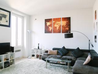 Beautiful 2 Bedroom Apartment Cannes Film Festival