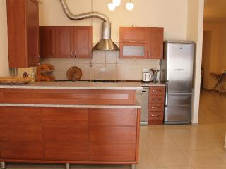 3 Bedroom Apartment on Nalbandyan (New Building)