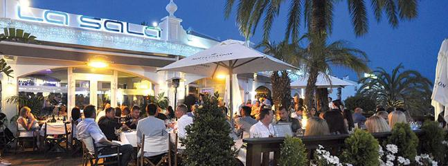 La Sala in Puerto Banus offers a choice of any one of 8 different areas to drink, eat, dine.