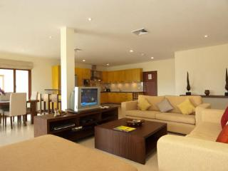 Apartment BT184, Bang Tao Beach