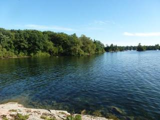 Privacy and Tranquility in the 1000 Islands!, Gananoque