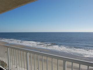 3BR/3BA Direct Oceanfront Seawatch Plantation, Myrtle Beach