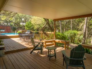 Amazing views , POOL, Hottub no cancellation fees, San Antonio