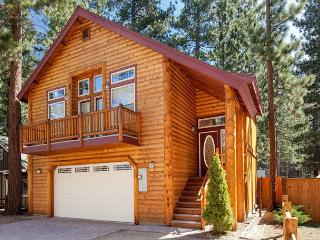 New: Best location, Very clean, Walk to beach, pool, ball field, Dog OK!, South Lake Tahoe