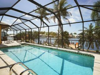 SUMMER SPECIAL: 49% OFF! - Villa Bayview - Direct Gulf Access Vacation Home in p