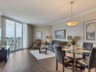 THE PALMS 21114.  GORGEOUS AND FRESHLY RENOVATED WITH AMAZING GULF VIEWS.Age req