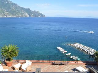 Beach at your feet, Super view, Walk to Everything, Atrani