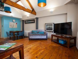 Harington's Loft Central Apartment, Bath