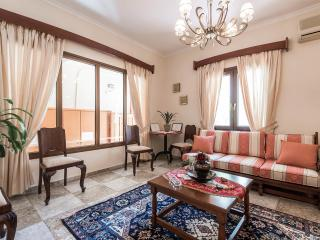 Iro Apts: Chania town Apartment steps from beach