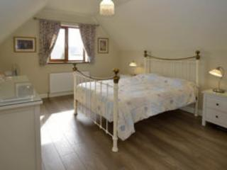 Self-contained apartment and B&B accommodation, Llandysul