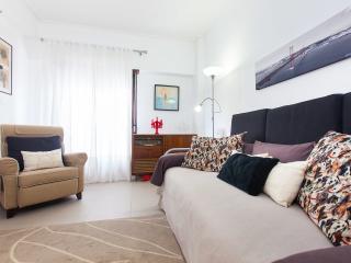 Down town cosy apartment  *Casa dos Anjos*-15065AL, Lissabon