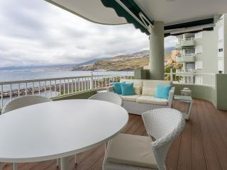 Luxury Apartment  three bedroom and Big Terrace, Tenerife