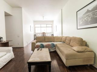 Copacabana Beach-3 Bedrooms-140m2-Great Condo