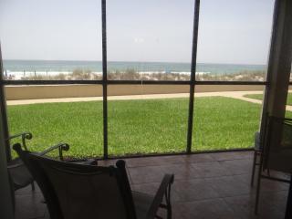 LAST MINUTE CANCELLATION!! Ground Floor, Panama City Beach