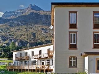Maloja Club House