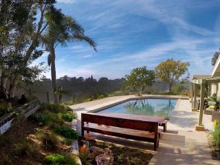 10% off June/July any Open Day /secluded 4BR home~.5 ac yard bluff~heated pool