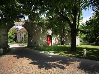 Gîtes de la BrosseMontmort. Jusqu'à 43 personnes, Blois