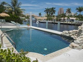 Spacious Intracoastal Waterway Resort Villa, Fort Lauderdale