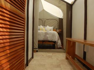 Glamping cabin, Holbox