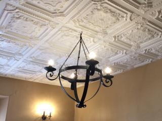 Colonial Guest Suites - #B