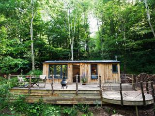 43059 Log Cabin in Abergavenny, Rowlestone