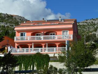 Apartments Amari 6