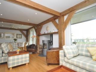 43083 House in Cirencester, Little Somerford