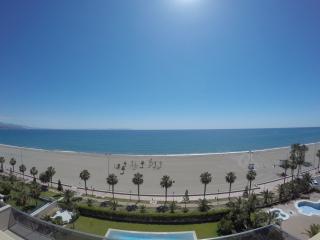 Apartamento nuevo 1ª línea de playa