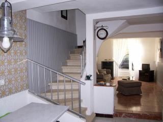 Maison tous confort dans joli village touristique