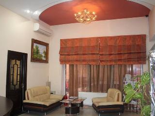 CONSUL OTEL, Bakoe