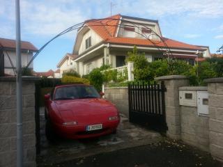 Chalet Casa Rural individual con Jardin privado, Argoños