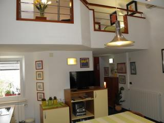 Apartments Vrandečić -One Bedroom Apartment Loreta, Postira