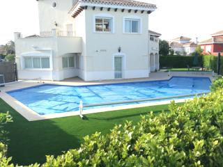 Villa Madrano - 4 bedroom with heated pool, Torre-Pacheco