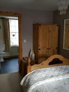 Doubled bed room with ensuite