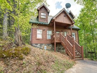 Lazy Moose Lodge, 2 Bedrooms, Hot Tub, Pool Table, Jacuzzi,  Sleeps 6, Sevierville