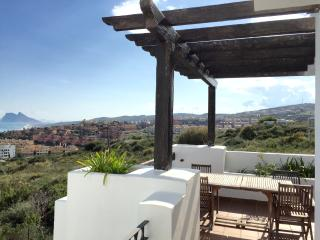 Nice apartment with beautiful views next to golf, Alcaidesa