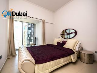 Acacia, 2BR with Amazing Marina View, Dubai