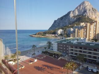 Calpe, 1 line, direct beach, seaview