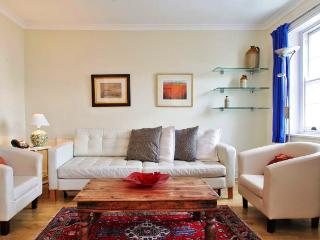 NOTTING HILL W2 One bedroom apartment, London