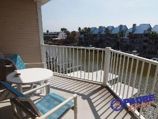 Waterfront Paradise is Waterfront condo w/a boat slip & Great View!, Corpus Christi