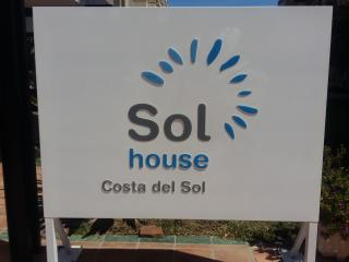 Sol House (Beside beach and marina)